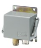 Heavy-duty pressure switches -- Type CAS