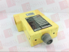 SICK OPTIC ELECTRONIC WSU 26-121 ( PHOTOELECTRIC SENDER UNIT, FOR USE WITH WEU 26, 115 VAC, 50/60 HZ, 5 VA, 0.5-30 M SCAN RANGE ) -Image