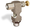 "(Formerly B1630-3-S01X00), Inverted Angle Small Sight Feed Valve, Solid Gasket, 1/8"" Female NPT Inlet, 1/8"" Male NPT Outlet, Handwheel -- B1628-312B2HW -- View Larger Image"