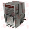 HONEYWELL V4055A-1064 ( ON-OFF FLUID POWER GAS VALVE ACTUATOR, OPENING TIME: 26 SECONDS AT 60HZ, W/ DAMPER SHAFT, 120VAC ) -Image