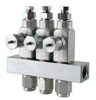 Centralized Equipment Metering Devices -- GL-32 Grease Injectors
