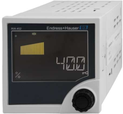 Universal process controller from Endress+Hauser