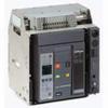 MasterPact Universal Power Circuit Breakers