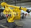 Fanuc S-900i Robot