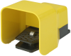 Foot-operated valve for control of compressed air and vacuum FU 7 3/2 R -- 10.05.09.00010