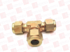 SWAGELOK B-600-3 ( BRASS SWAGELOK TUBE FITTING, UNION TEE, 3/8 IN. TUBE OD ) -Image